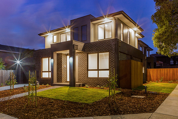 Multi-dwelling family home development Mont Albert North